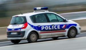 Insolite - Un automobiliste arrêté à cause… d'une perruque