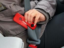 Loi pour le coupe ceinture et brise vitre obligatoires : bonne idée ?