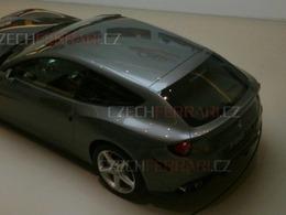 Concept Ferrari FF: plus de photos (dont l'habitacle)