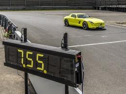Ring Folies électriques : la Mercedes SLS AMG Electric Drive bat l'Audi R8 e-Tron