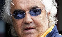 F1 : Briatore réclame 1 million d'euros à la FIA