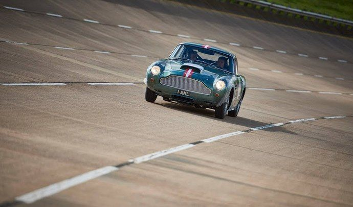 Aston Martin remet officiellement en production la DB4 GT