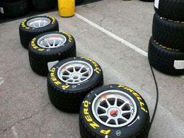 F1: Revenons sur le jeu de couleurs des Pirelli pour 2011.