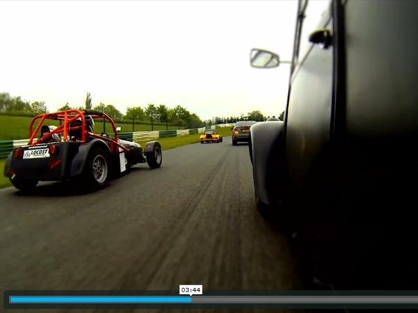 Vidéo - la Citroën 2 cv à moteur twin BMW R, un outil sur circuit