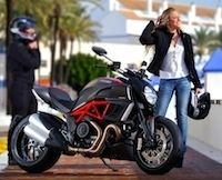 Séjours en Ducati Diavel.