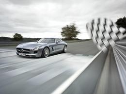 Mercedes SLS AMG : commercialisée le 16 novembre à partir de 177.310 euros