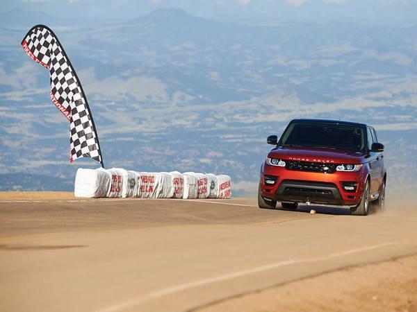 Le Range Rover Sport établit un nouveau (premier) record à Pikes Peak