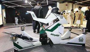 Insolite: à Dubaï la police patrouille à moto… Volante!