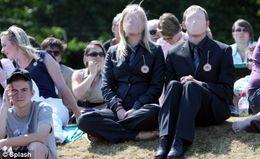 Pub Virale Lotus Eagle : les sans-visages envahissent Wimbledon