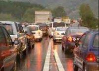 Trafic auto en Suisse : des associations prônent des émissions de CO2 de 80 g/km d'ici 2020