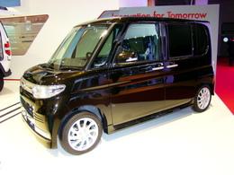 Daihatsu Tanto Custom : un cube à roulette bientôt en France ?