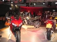 Salon de la moto 2007 en direct : présentation Honda