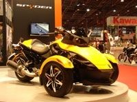 Salon de la moto 2007- Can-am Spyder en direct : l'OVNI du salon