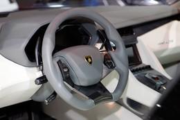 Lamborghini Estoque: enfin une photo de l'habitacle!