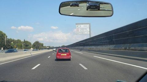 """Résultat de recherche d'images pour """"rester sur bande du centre autoroute"""""""