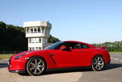 La Nissan GT-R millesime 2010 encore meilleure : toutes les modifications