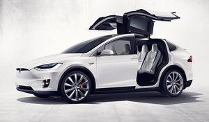 Tesla : il fait un malaise, son Model X l'amène à l'hopital