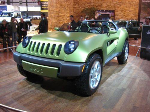 un 4x4 voit la vie en vert le concept jeep renegade. Black Bedroom Furniture Sets. Home Design Ideas