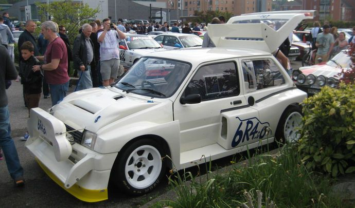 la mg metro 6r4 de colin mcrae est vendre. Black Bedroom Furniture Sets. Home Design Ideas