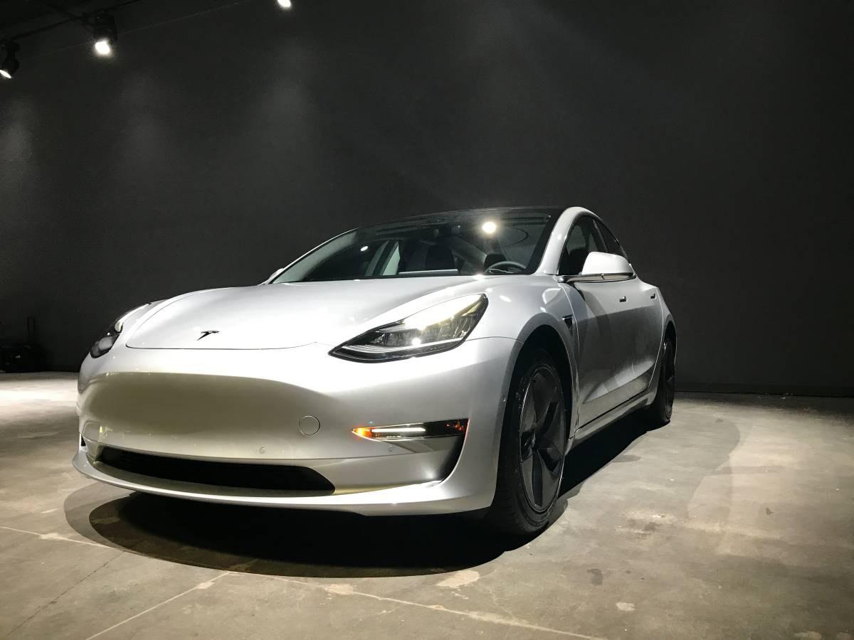 Rappel de plusieurs milliers de véhicules — Tesla