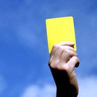 Paris : les contrevenants de la route sanctionnés ... d'un carton jaune