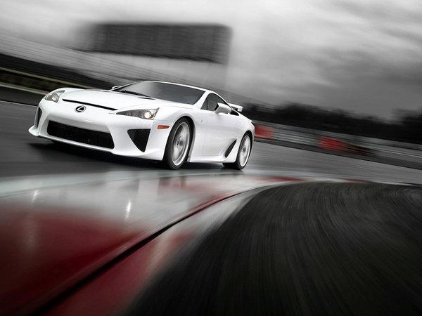 Comment utiliser convenablement le launch control de la Lexus LF-A