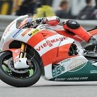 Moto 2 - France D.1: Bradl domine un peloton de furieux