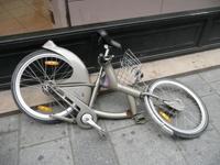 Campagne : Vélib' vandalisé... JCDecaux au taquet !