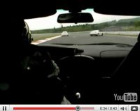 Vidéo : La Nissan GT-R va aussi au tas (mais évite les murs !!)