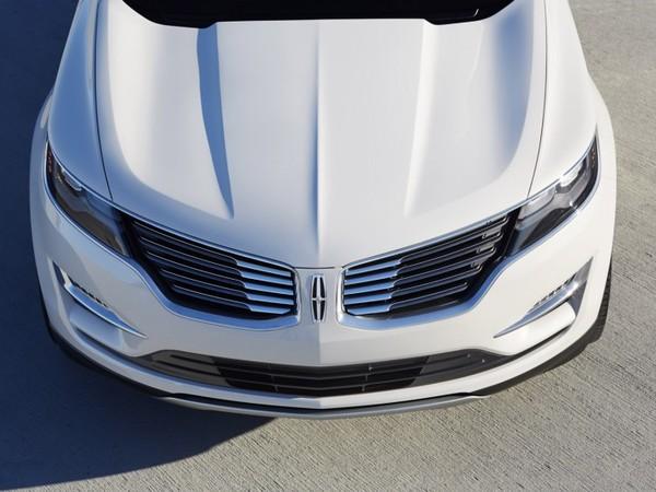Lincoln travaille sur une berline compacte pour faire face à la Mercedes CLA aux USA