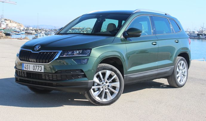 essai vid o skoda karoq 2018 un k part. Black Bedroom Furniture Sets. Home Design Ideas