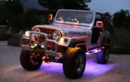 Saucisse/vidéo du vendredi : Jeep Disco Dance (good groove inside)