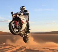 Insolite - Yamaha: Une R1 sur les dunes ? Non ce n'est pas un mirage !