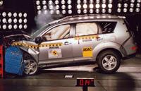Euro N-Cap: 4 étoiles pour le Honda CR-V et le Mitsubishi Outlander
