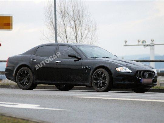 "Future ""sous""-Maserati Quattroporte : le mulet"