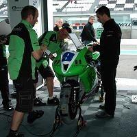 Superbike: Magny Cours D.1: Dans l'antre du Gil Motorsport