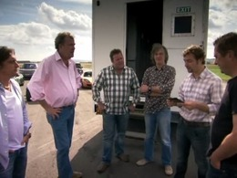 Top Gear UK vs Top Gear Australie, qui l'emportera ?