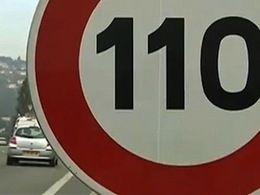 931 183  signatures contre la baisse des limitations de vitesse