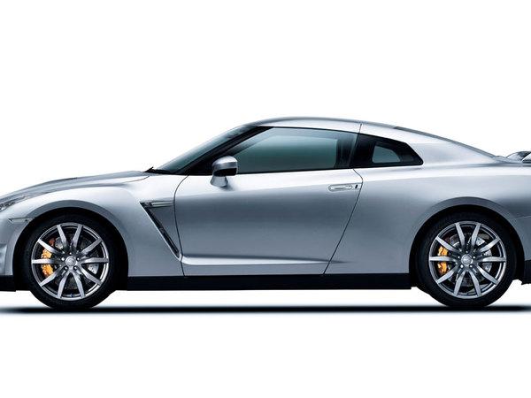 [Vidéo] Nissan GT-R 2011 VS Nissan GT-R 2010 à l'accélération, la claque