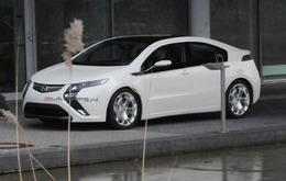 L'Opel Ampera débusquée