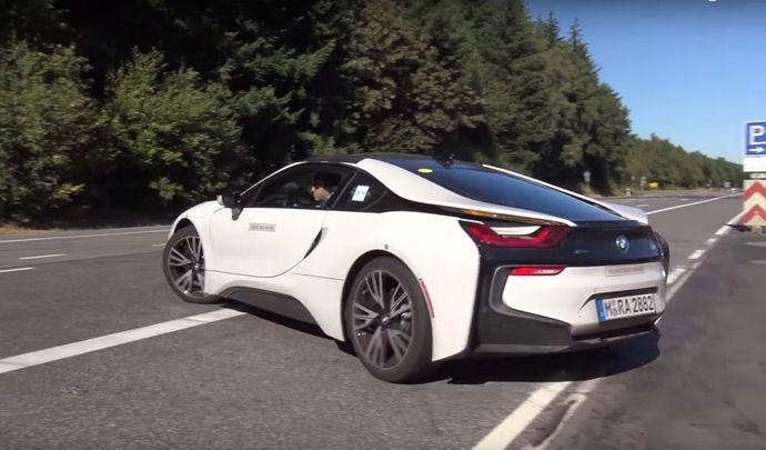 Scoop : la BMW i8 Spyder se frotte auNürburgring