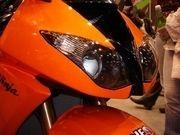 Enquête : La Kawasaki ZX-10R face aux visiteurs du salon...