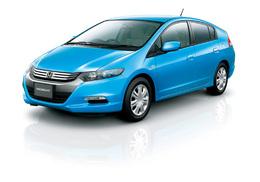 La Honda Insight hybride se vend bien au Japon