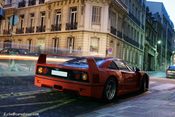 Photos du jour : Ferrari F40