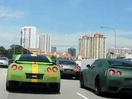 [vidéo] Singapour envahie par des Nissan GTR