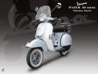 Vespa : série spéciale 30ième anniversaire P125X