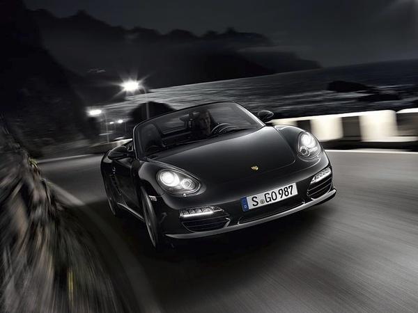 Nouvelle Porsche Boxster Black Edition, le noir se répand