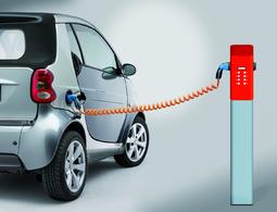 Véhicules électriques : une prise de recharge européenne développée