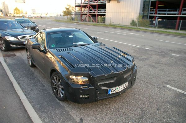 Spyshot : future Mercedes SLK. A moins que…