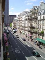 Urbanisme : l'aménagement de la rue de Rennes à Paris crée la polémique
